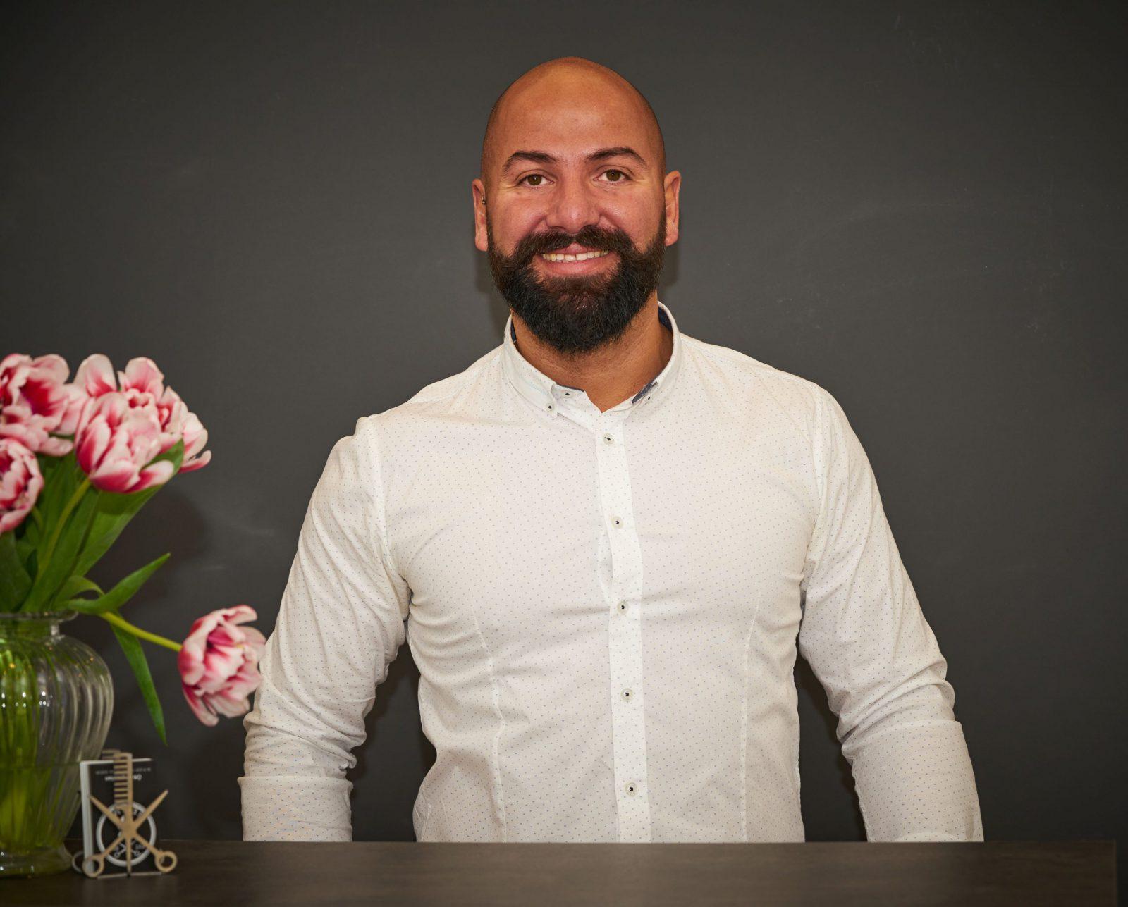 Friseurmeister Selim Uzer